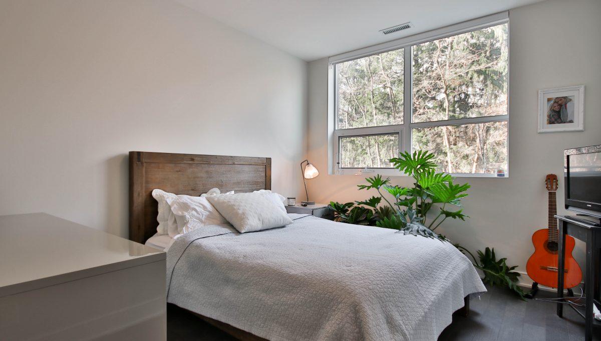 33_Bedroom
