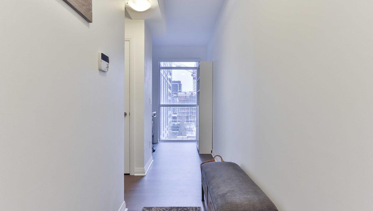1_Foyer