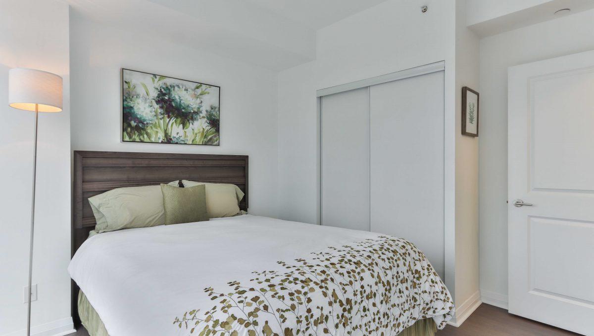 24_Bedroom