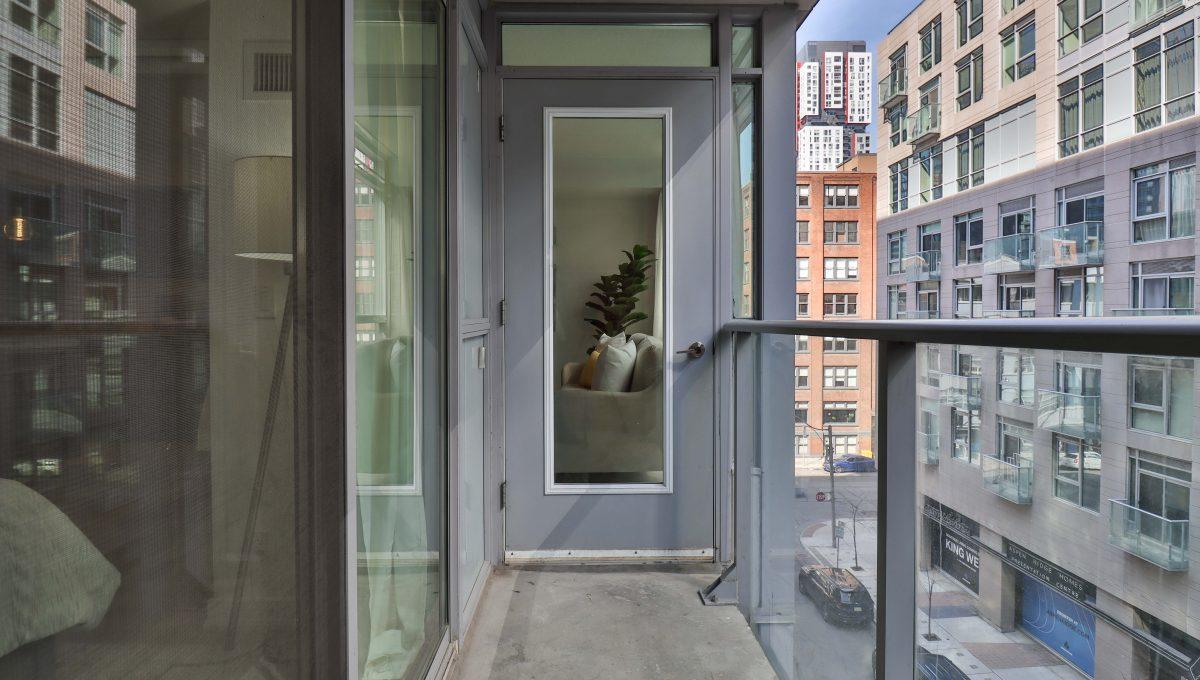 31_Balcony