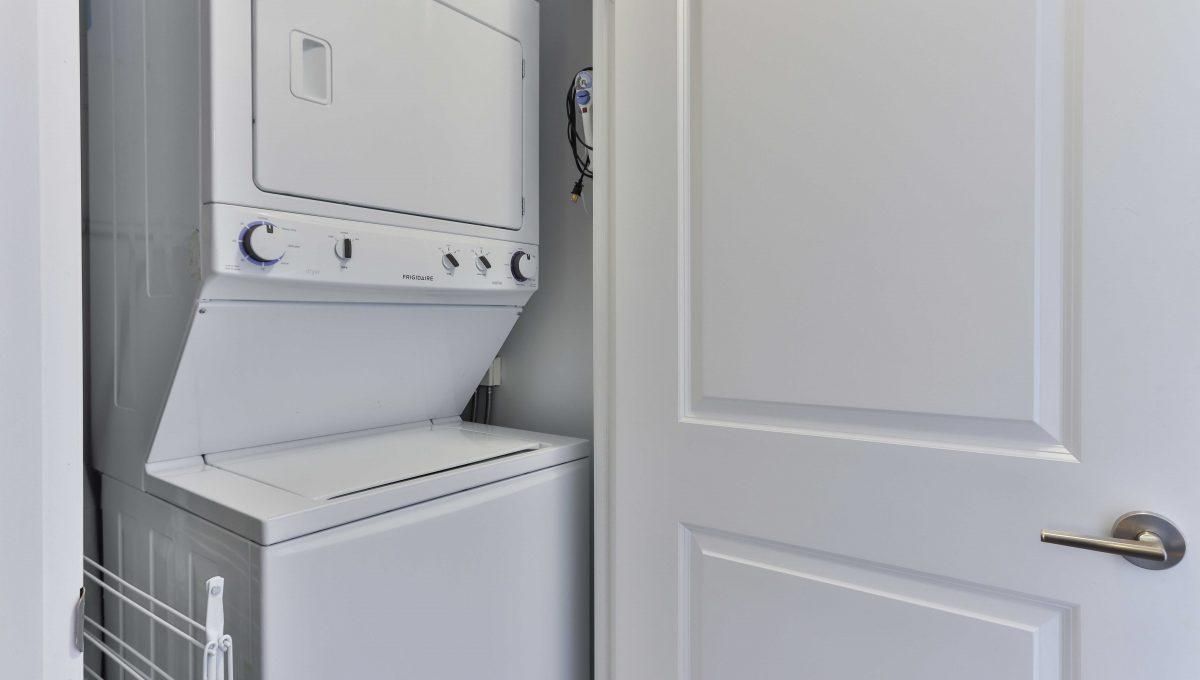 32_Laundry