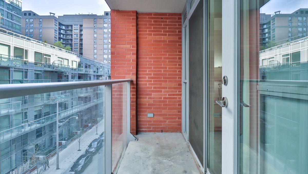 34_Balcony