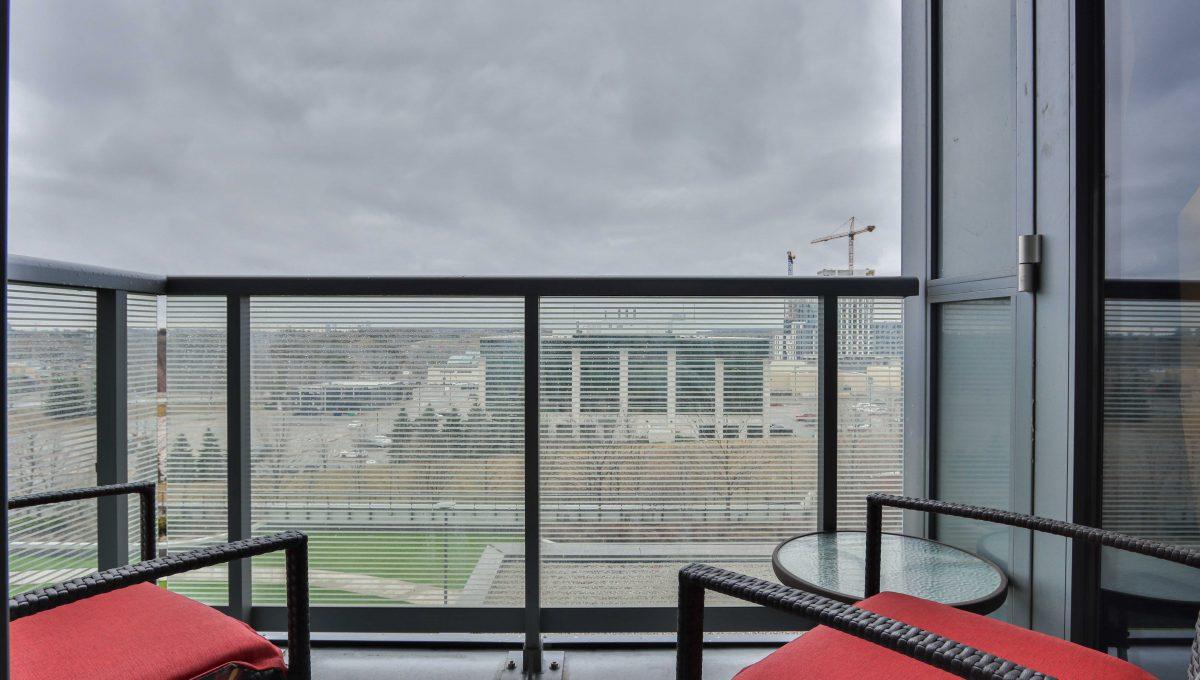 35_Balcony