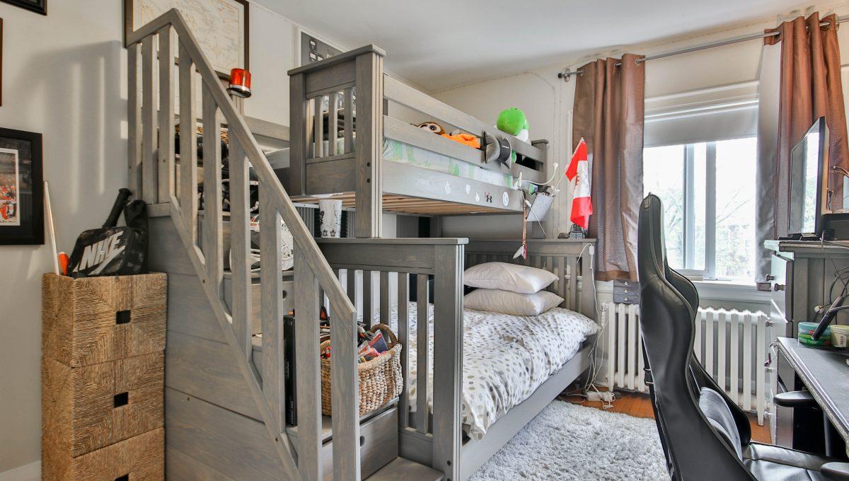 20_Bedroom1