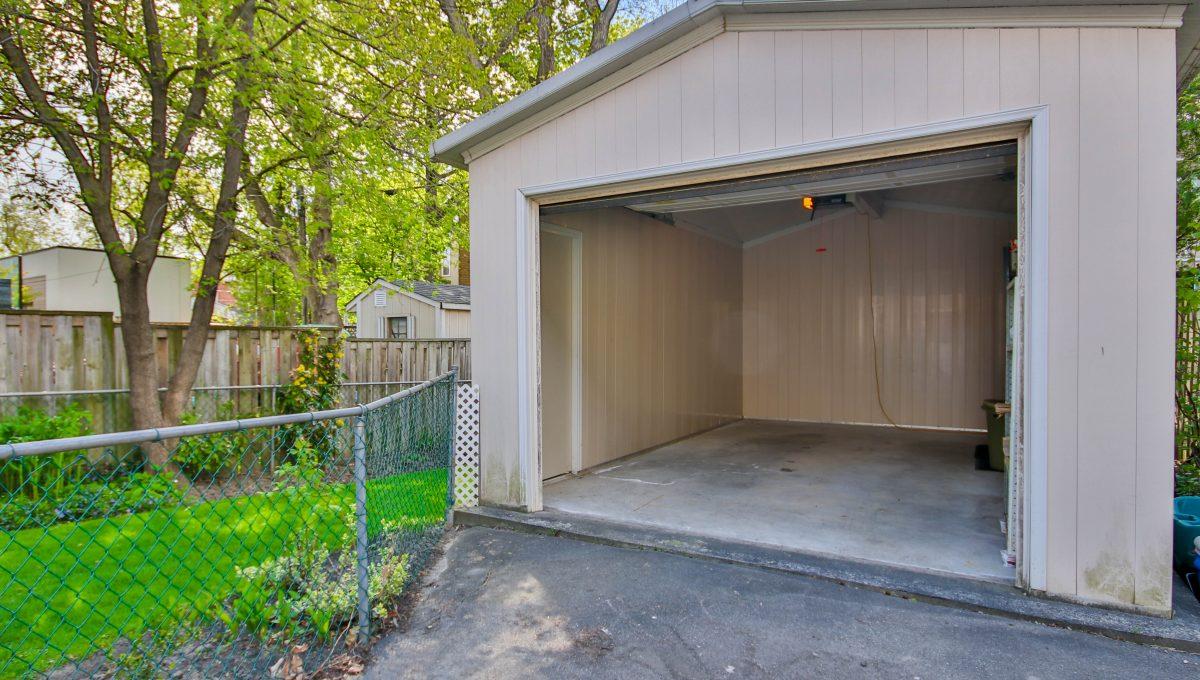 26_Garage