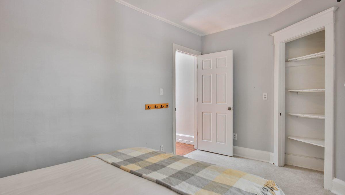 29_Bedroom1