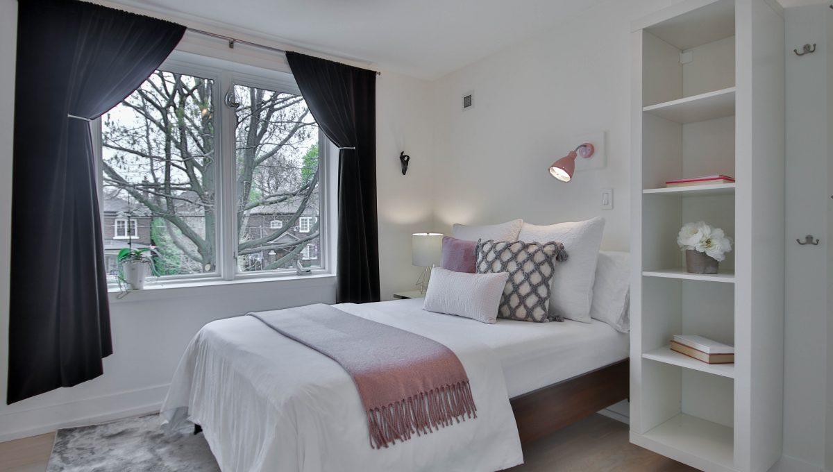 41_Bedroom1
