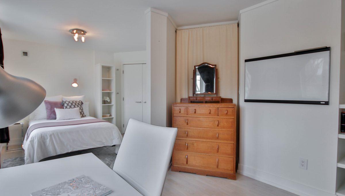 45_Bedroom1