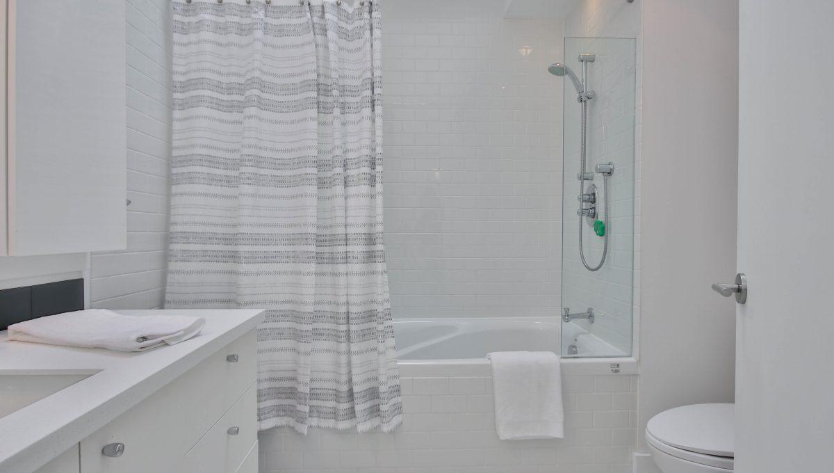 48_Bathroom