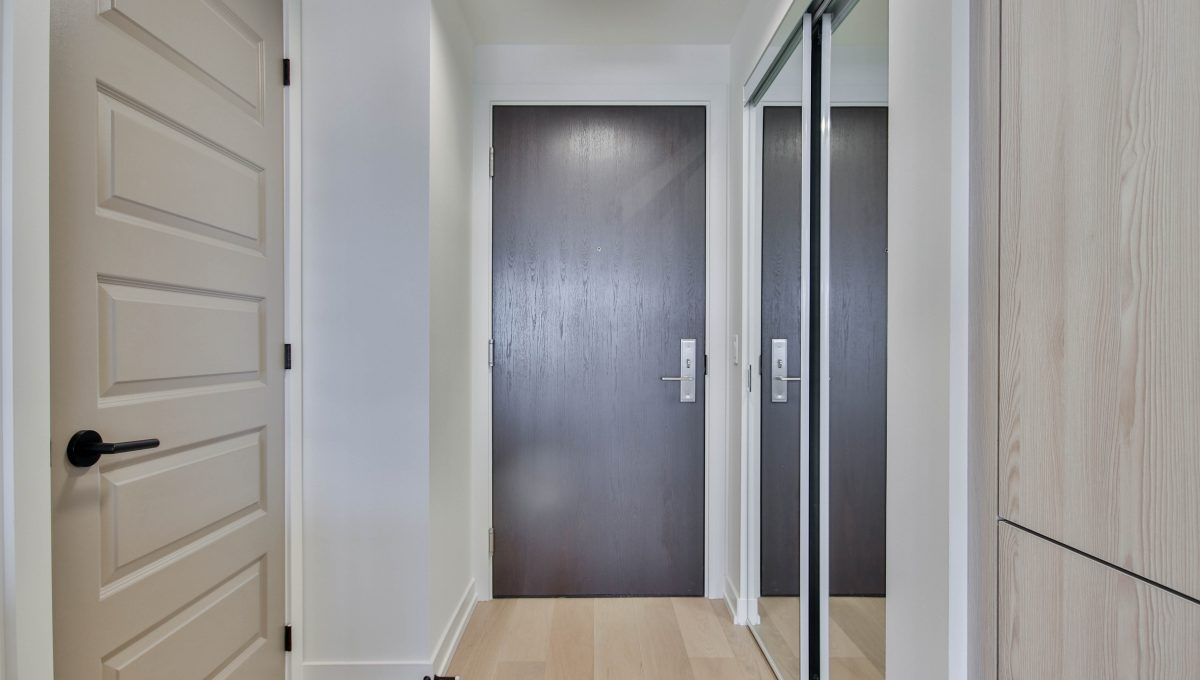 6_Foyer
