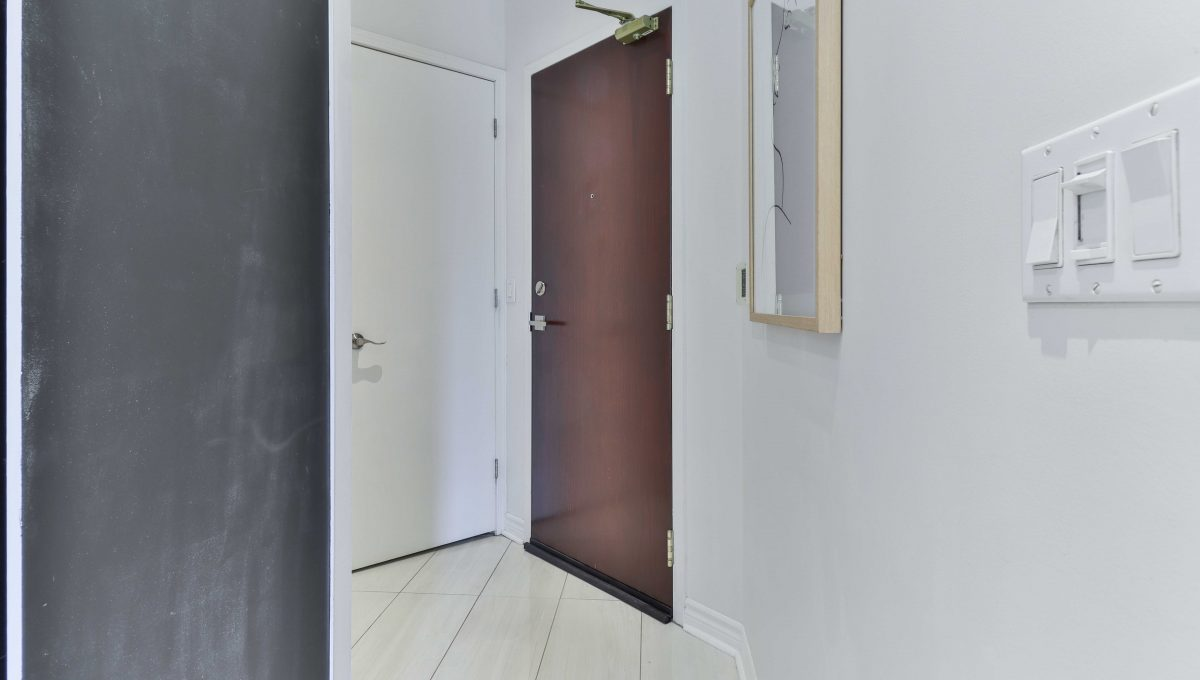 7_Foyer