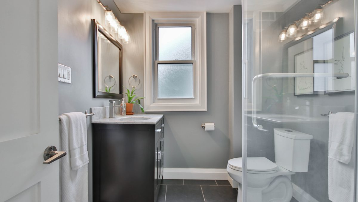 34_Bathroom