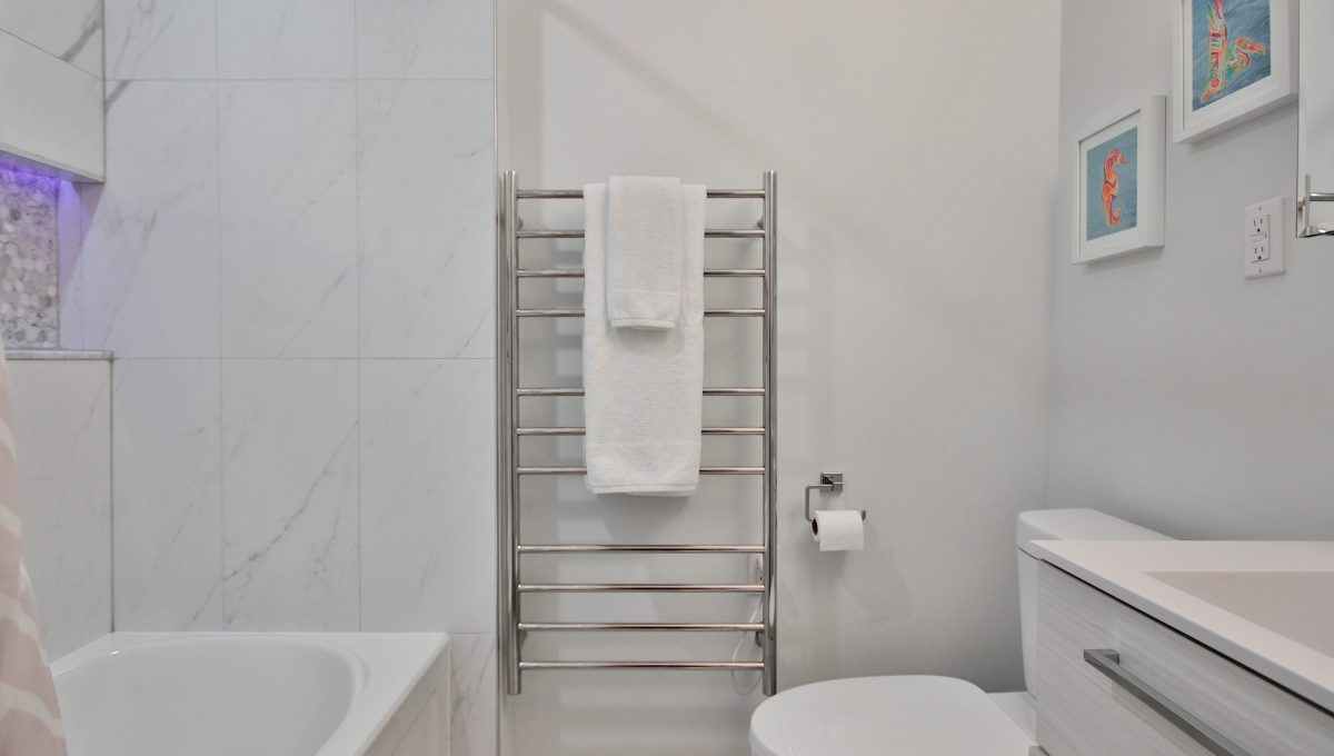 39_Bathroom