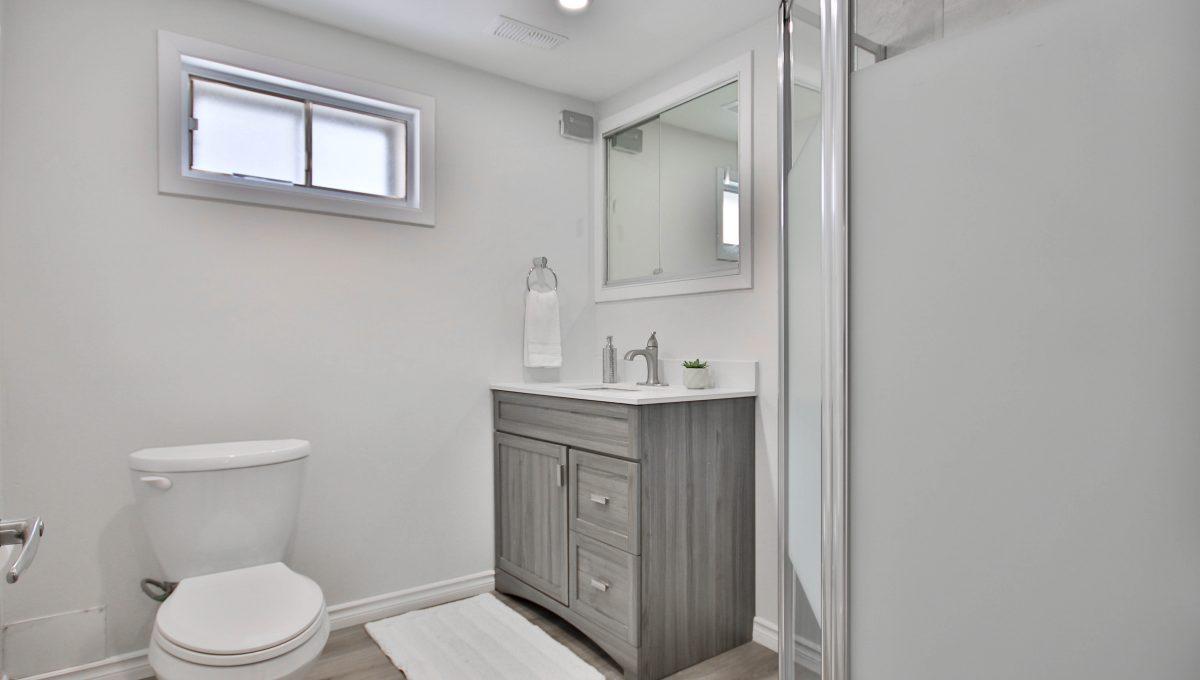 61_Basement_Bathroom