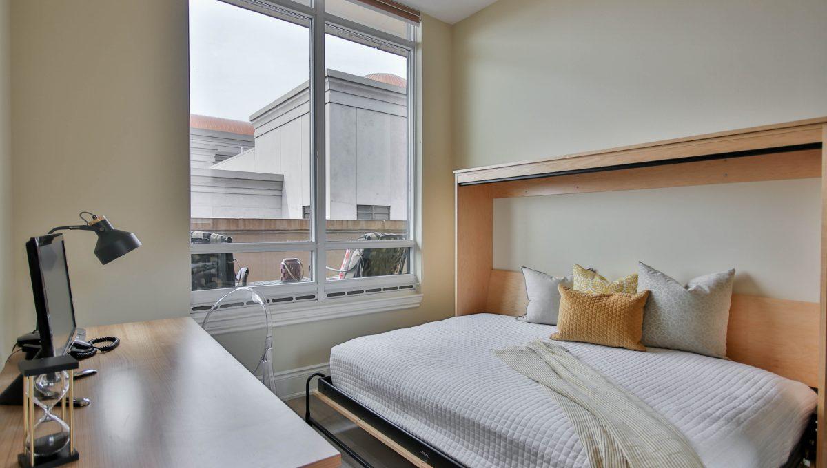 30_Bedroom1