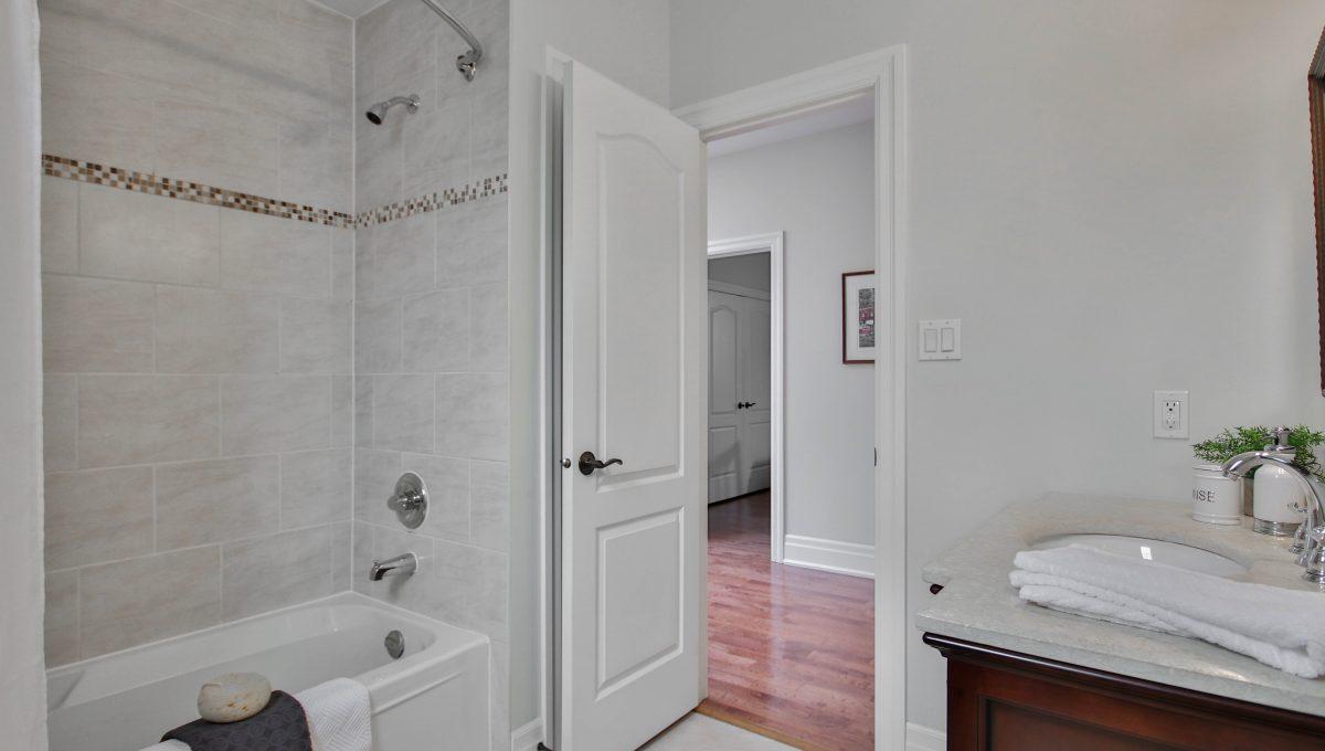 51_Bathroom